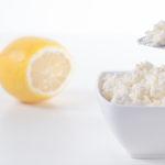 как сделать творог с помощью лимона или уксуса