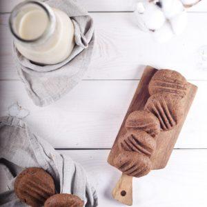 Шоколадное печенье на урбече из кунжута, подсолнечника и какао-бобов